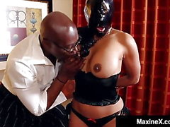Asiatiques Trentenaire Maxine X Gets BBC Face & Pussy Fucked! Damn!