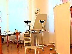 Doc Old bizarro não exame de ginecomastia