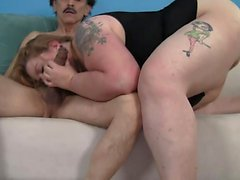 Tattooed plumper Bailey Belle offers a horny old man a great blowjob