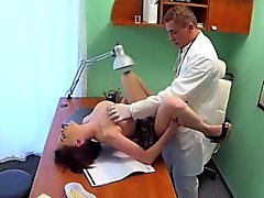 Arzt fickt geduldig