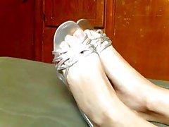 I love feet 11