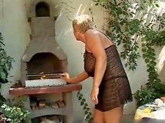 BBW Granny Outdoor