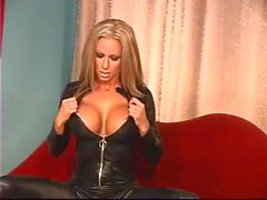 Great Tit Blonde in Leather Outfit