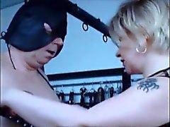 tortyren för den här marionett