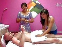 Agil och skickligare brud slås massera in i knull