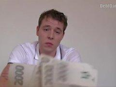 Schulden Dandy 215