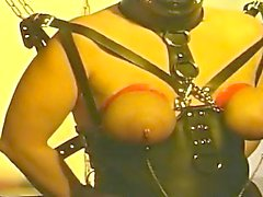 Big boobed skank in leather loves good fetish bondage action