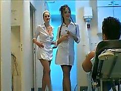 3 -vägs sjuksköterska handjob