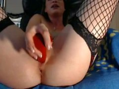 Hot Skinny Webcam Model Fucks Beautiful Pussy And Squirts