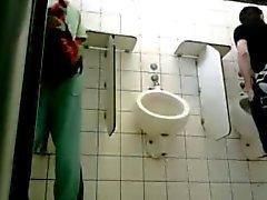 divertido tuvalet publico