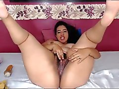 Hairy and Curvy Latina fucks her delicious asshole