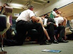 La orgía asiático en un avión con Asa a Akira