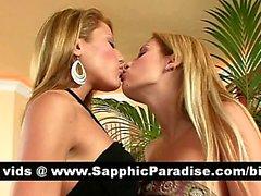 Muhteşem sarışın Lesbos lezbiyen seks öpüşme ve çıplak alma ve sahip