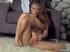 Young babelicious brunette Andie Valentino poses naked and plays with - hot video Pornsharing