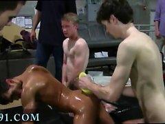 Gay jovens rapazes com pequenos paus tubo pornô e iran menino sexo i