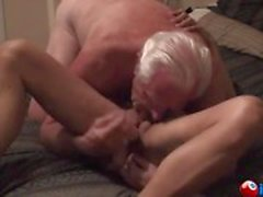 Mature couple while she screams with pleasure