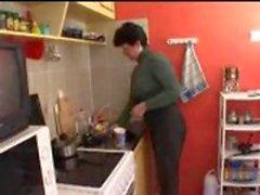 Maman et le fils cuisine