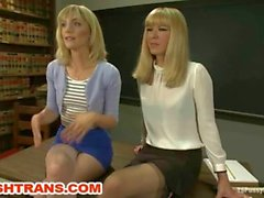 Russisch Mädchen gefickt von TS Lehrer
