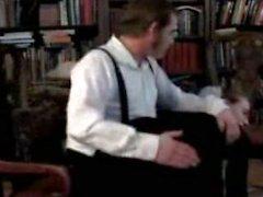 Institutrice des Amish une fessée par l'homme .