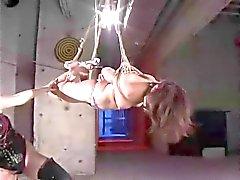 Natsuki BDSM lesbo klubi