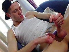 Yeşu masturbating az dik bir adam