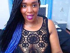 Ebony quente com grandes seios na webcam