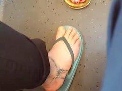 teen feet blond