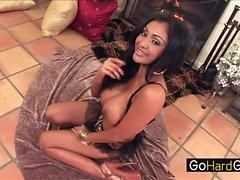 Von Priya Rai indische MILF von Priya genau Hänseleien heute Porno in HD