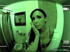PornGoesPro - Jewels Jade är knullad av en stor kuk, stor byte och stora bröst