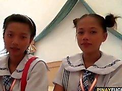 Zwei asiatischen Amateur Süsse Teilen Ein Weiß Schwänze