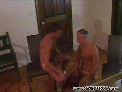 Gegerbt Älteres Homosexuell Hahn schlürfen