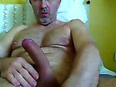 italian mature man jerking off