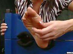 Sandra adorait les pieds de Jana Cova