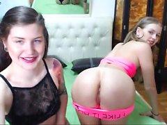 Masturbação lésbica incondicional na ação da webcam