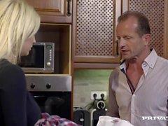 Kitchen Ev Hanımı Sienna Day meali İki Erkekler
