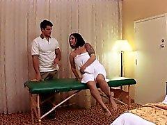 Brüste Massage amateur pussyfucked