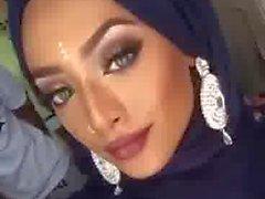 uk hijabi cum face