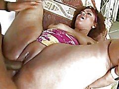 Brasilianische Mutter dicken Hintern