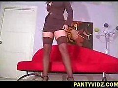 Erica Campbells im Elfenbein Bikinis braun Spitzen Top