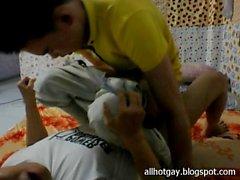 Vietnamesische schwule fucking auf cam p4 - Giang vien Binh Duong