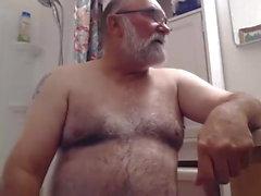 Jimin lämmin suihku