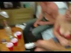 Frathouse dreht die Flasche !!!