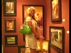 Alison Ange se masturbant en public