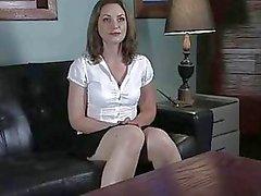Sehr große Tits Redheadmädchen