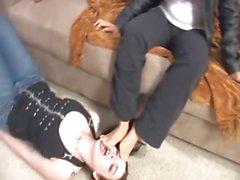 MISTRESS lezbiyen ayak köle var