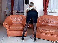 MILF babe sexy in nylon