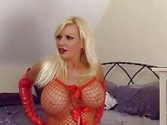 Filthy blonde slut Michelle Thorne enjoys spitroast and double cock facials