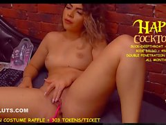 holy fuck she can squirt movie