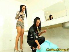 Weird lesbian urinates