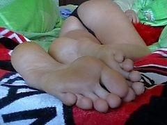 Footjob 2 cumshots soles